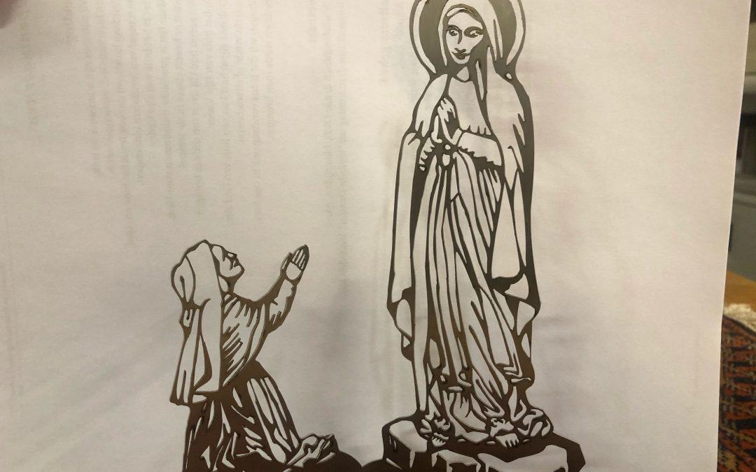 Kleine sculptuur van Maria en Bernadette te koop