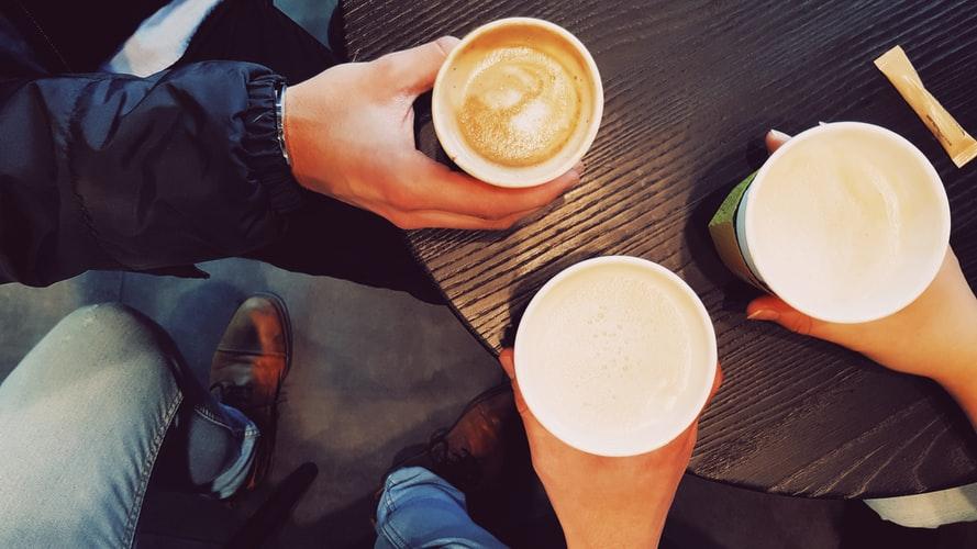 over koffie 😊
